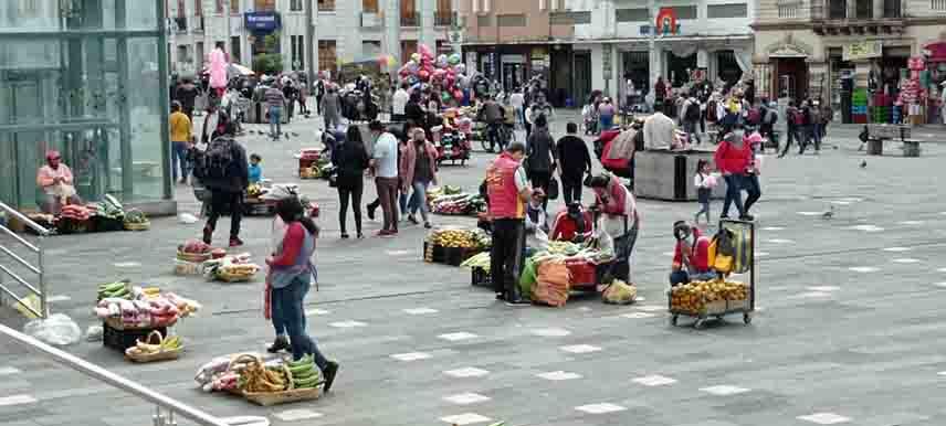 Mercado Nueve de Octubre y sus alrededores.
